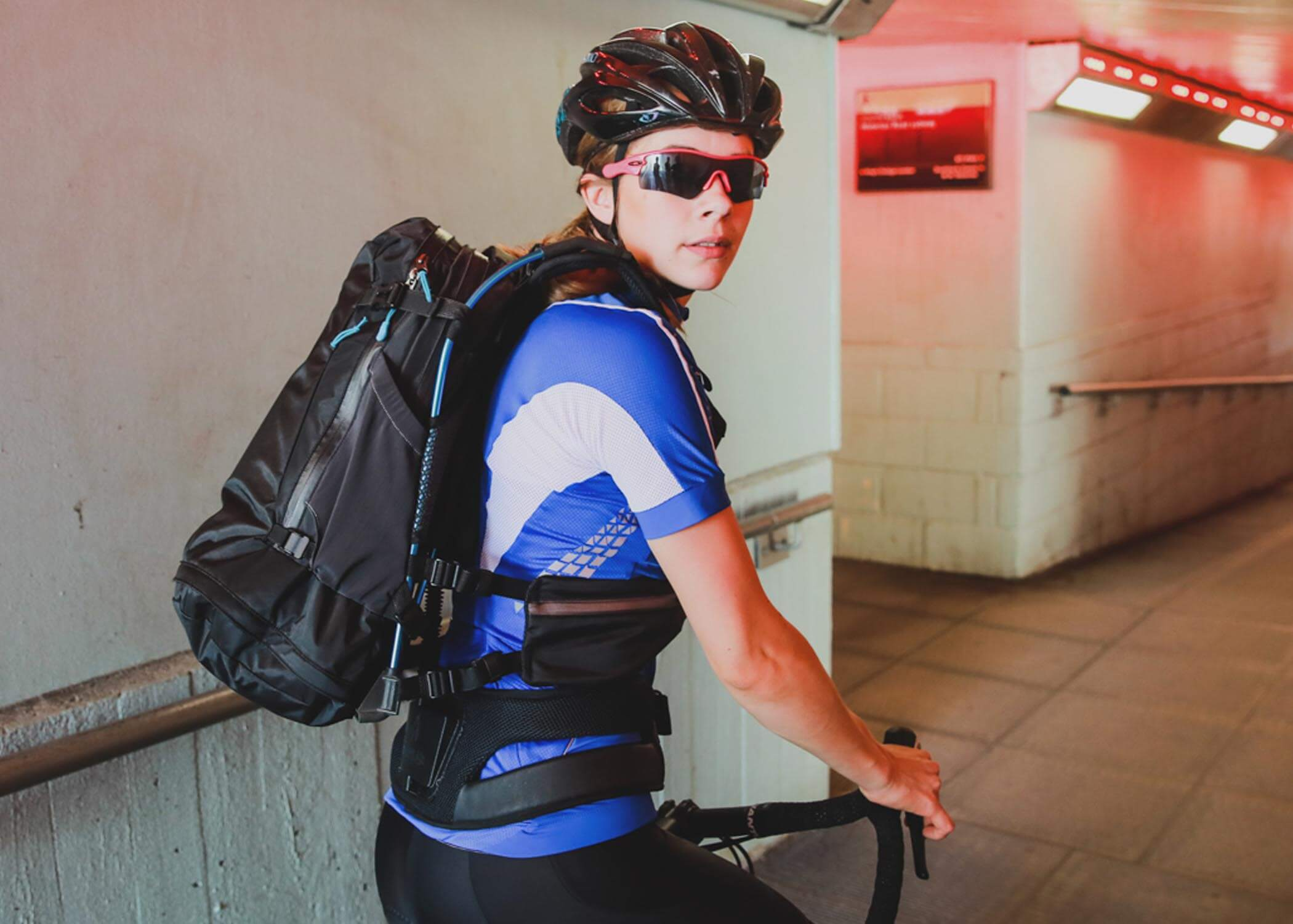 Motionlab active commute bag cycling and running rucksack