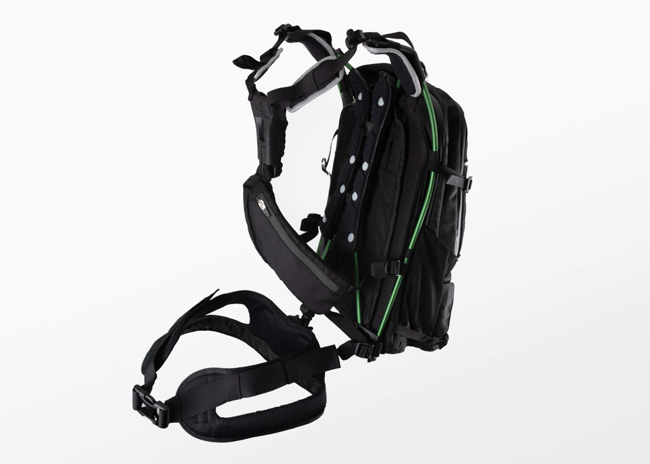 Motionlab active commute bag product design innovation