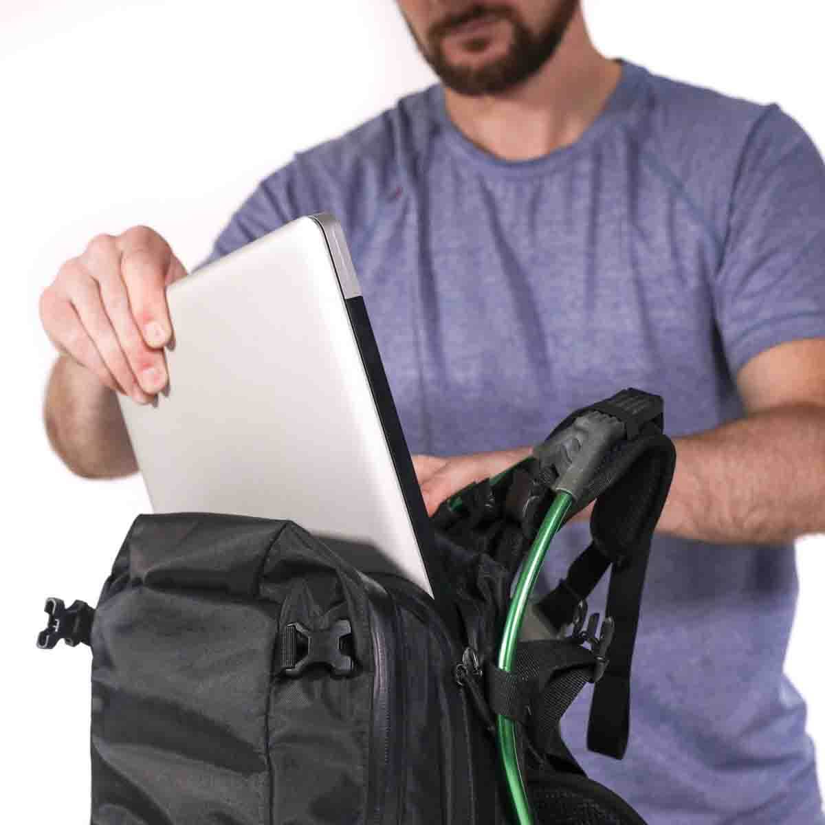 Motionlab active commute bag product design innovation functionality